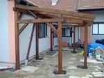Stojící konstrukce altánu